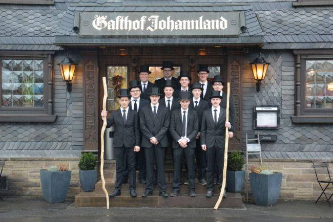 2016-12-27_netphen-salchendorf_wurstekommission-salchendorf-veranstaltet-silvesterumzug_foto_privat_01