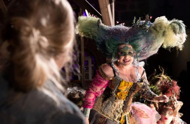 2016-12-28_siegen_apollo-theater_szene-aus-cinderella_c-cilla-schuetze